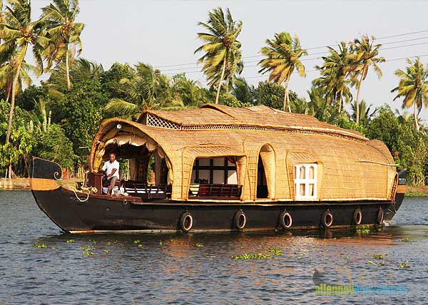 alleppey-backwater-houseboats