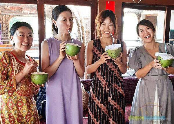 luxury-houseboats-in-alleppey
