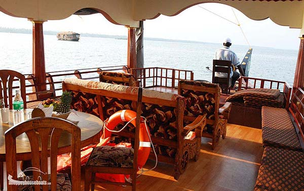 one bedroom budget alleppey houseboats