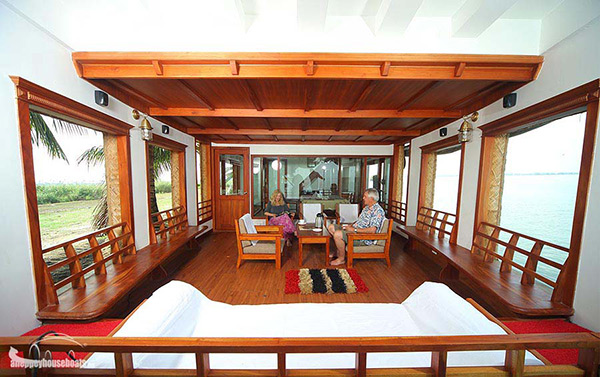 two bedroom super luxury alleppey houseboats