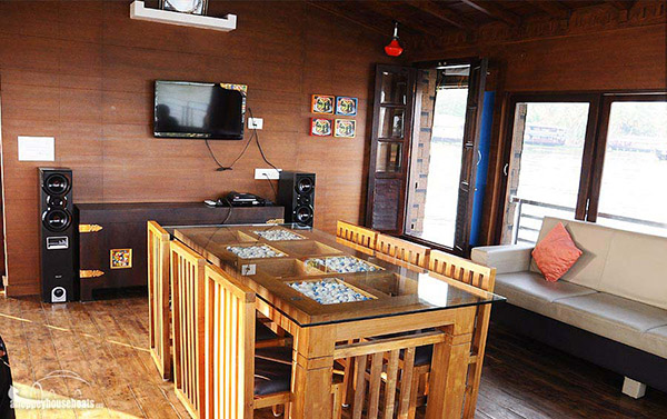three bedroom super luxury alleppey houseboats